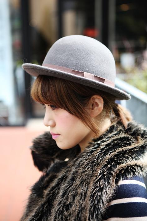帽子の前髪アレンジ2