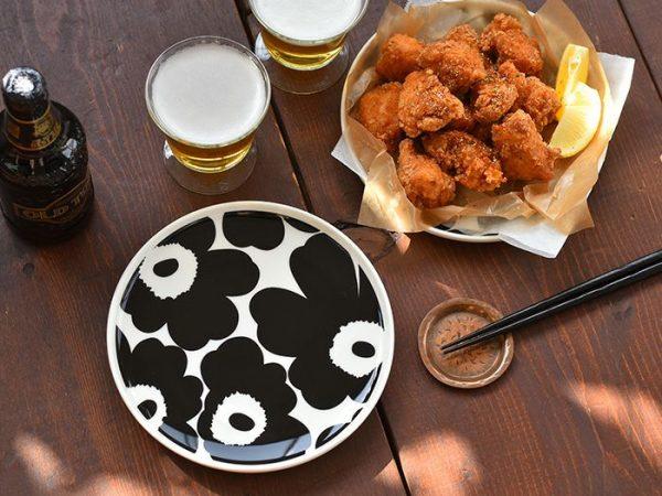 おしゃれな北欧柄を使ったマリメッコの大皿