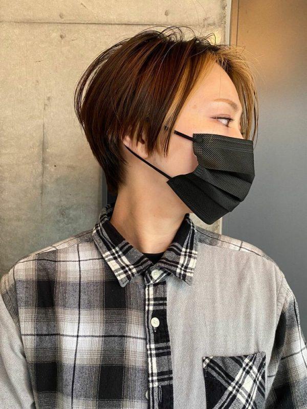 ハンサムショート×インナーカラーの髪型14