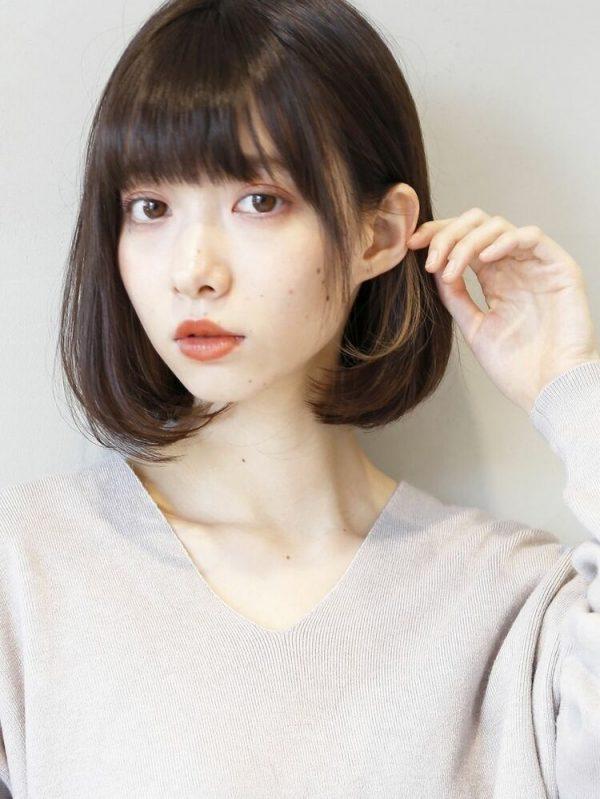 外国人風な黒髪×イヤリングカラー