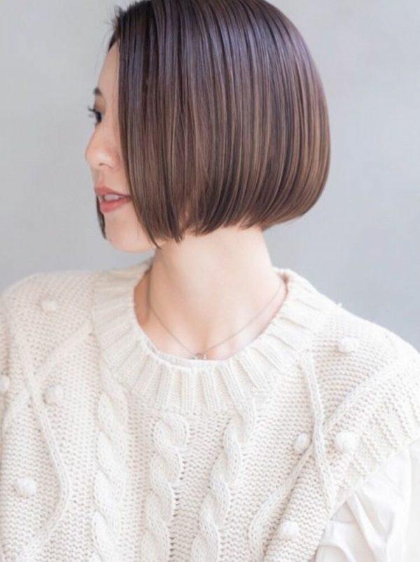 フレンチボブ×前髪なしショートヘア