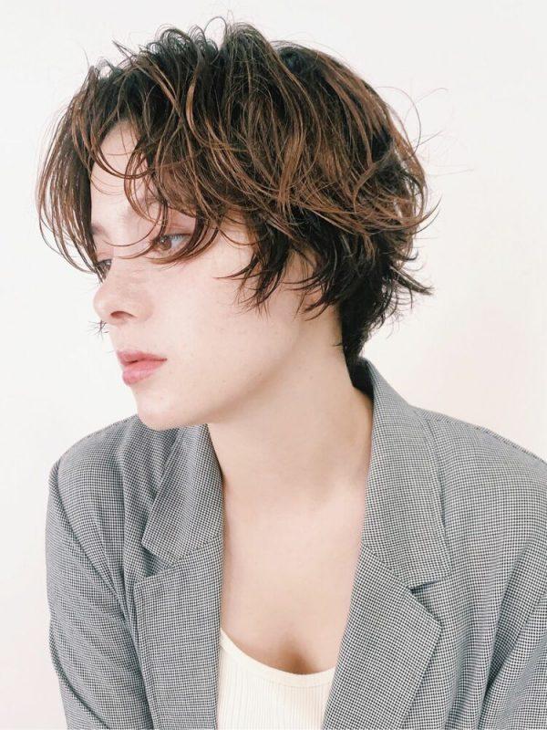 硬い髪質の方向けの大人ハンサムな髪型