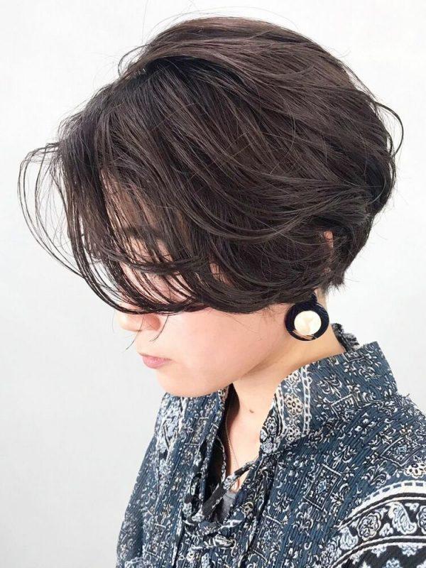 レイヤーカット×前髪なしショートヘア