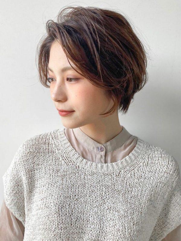 ハンサムショート×インナーカラーの髪型11