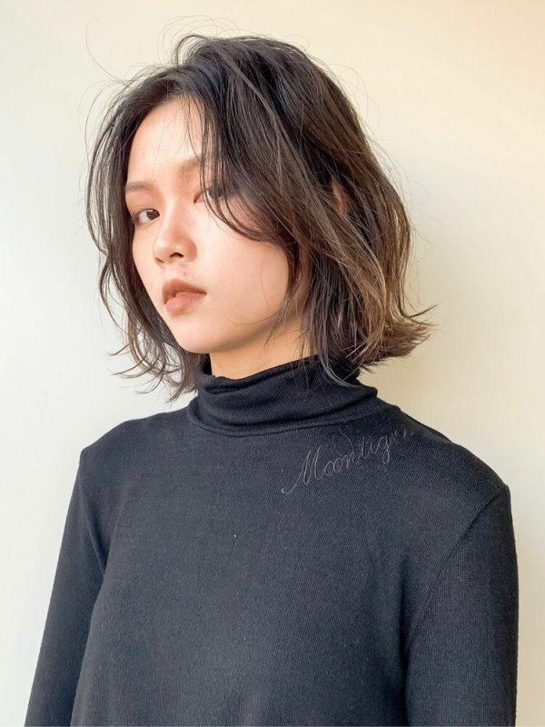くせ毛風ショートボブ×ブラウン系裾カラー