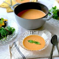 メイン〜スープまで「鶏ハム」に合う献立。人気レシピ16選を厳選しました