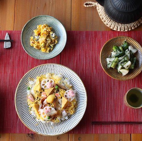 和食が映える飛び鉋がおしゃれな窯元の大皿