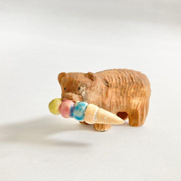 木彫りの熊(アイス)