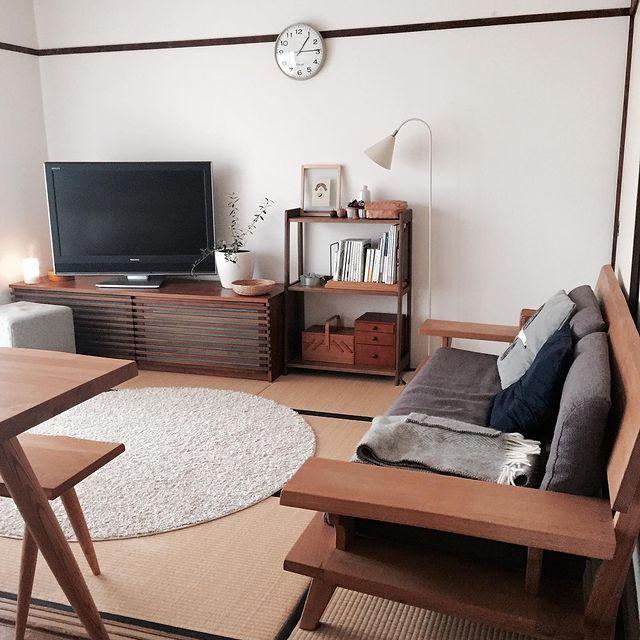 ナチュラルモダンな家具がおしゃれなリビング