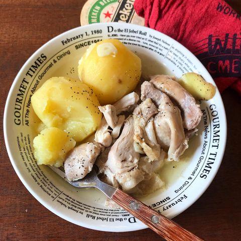 じゃがいも、鶏肉、煮物。
