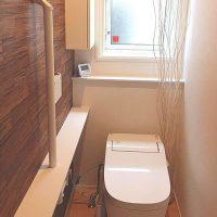 狭いトイレっておしゃれになるの?少しの工夫で素敵な空間になるちょっとした方法