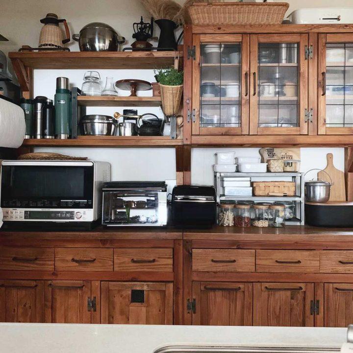 家事同線を考えた手作り食器棚