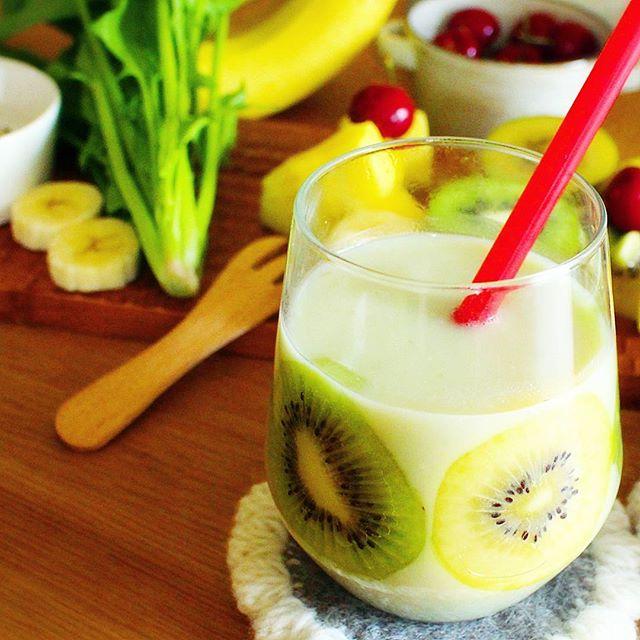 人気完熟バナナ飲み物:グリーンスムージー