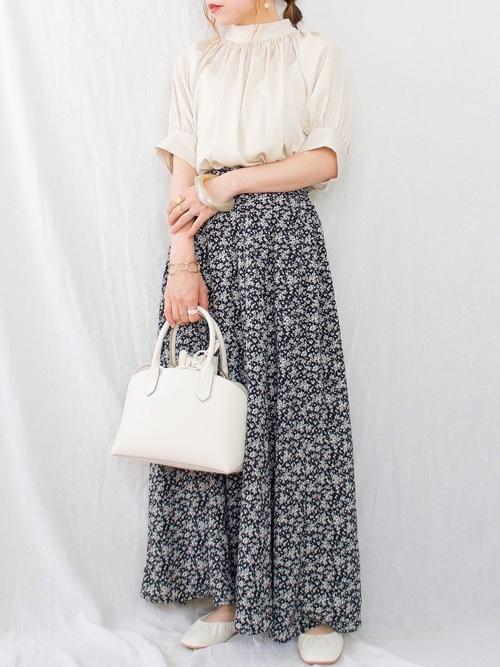 しまむらの花柄ロングスカート
