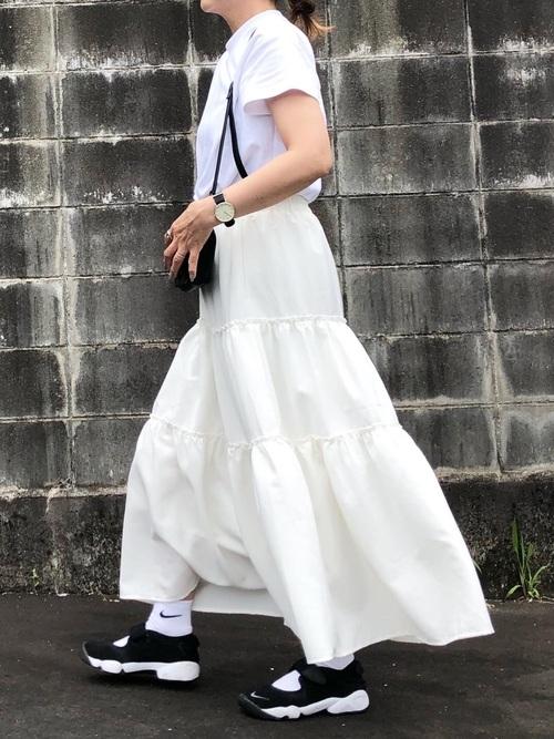 GU白Tシャツ