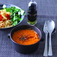 余ったトマト缶を消費するレシピ16選。簡単に作れる人気メニューをご紹介