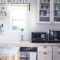 キッチンに置きたいおしゃれな電子レンジ14選。人気デザインをまとめました
