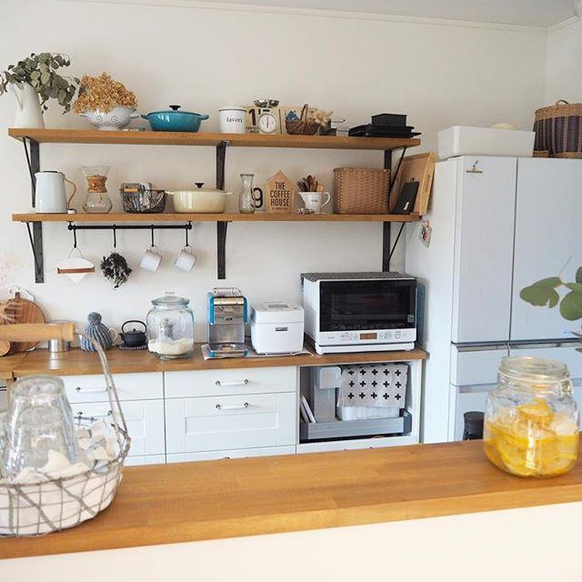 白×木のキッチン