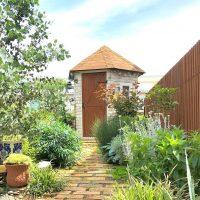 ロックガーデンをもっとおしゃれに。和〜洋まで簡単にできるお庭のデザイン集