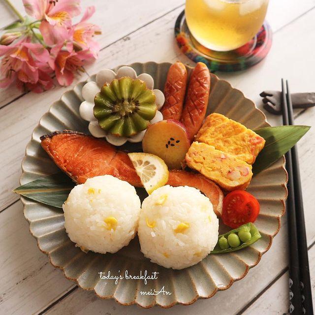 朝ごはんにもおすすめ♪鮭の塩焼きレシピ