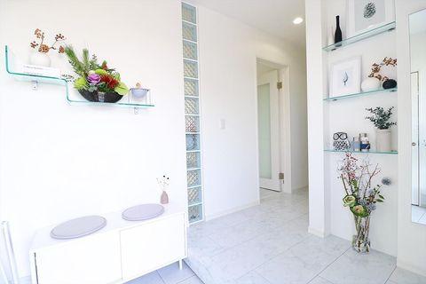 白黒×透明カラーが可愛い玄関