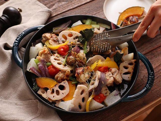 簡単!彩り野菜とチキンのグリルサラダレシピ