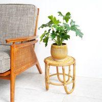 おしゃれなフラワースタンド14選。植物を雰囲気良く飾り付ける人気グッズをご紹介