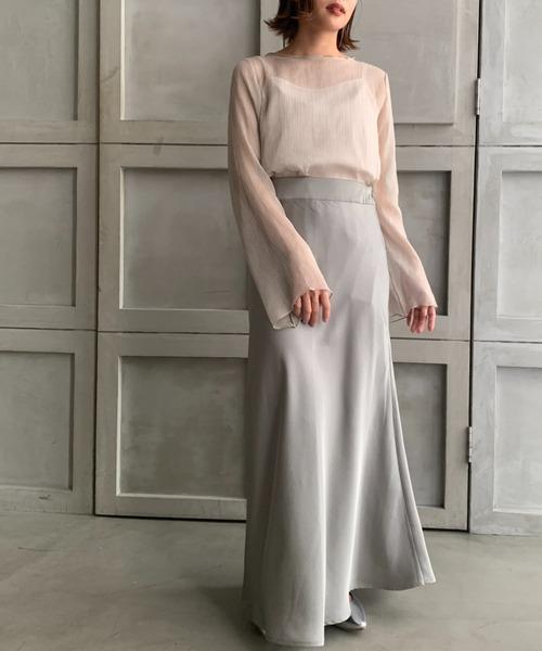 ベージュシースルーブラウス×グレースカート