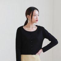 大人女子向けオルチャンコーデ20選。シンプル&カジュアルな服装を季節別にご紹介