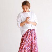 アラサー女子にぴったりな『柄スカート』。春夏のおしゃれスタイル