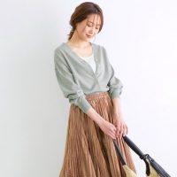暖かい日の羽織りはカーディガンでOK。春夏のおしゃれな着こなし集