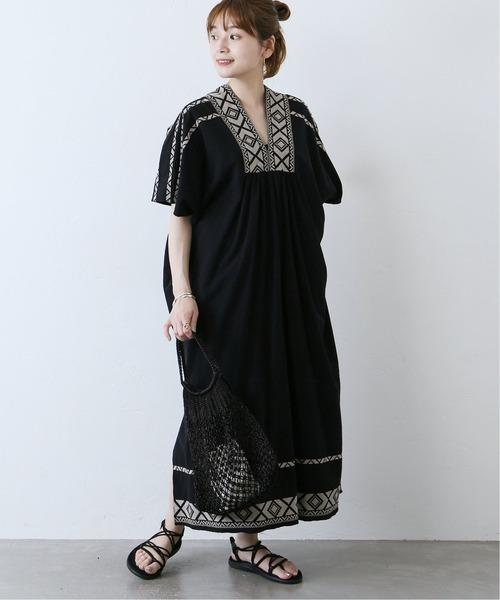 [JOURNAL STANDARD] 刺繍カフタンワンピース
