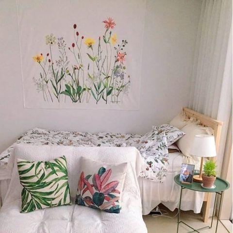 寝室のファブリックポスターの飾り方