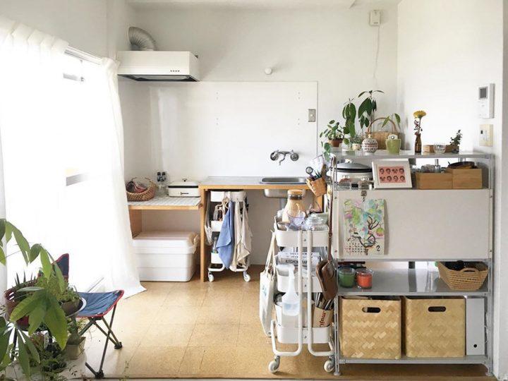 シンプルな団地暮らしを楽しむナチュラルキッチン