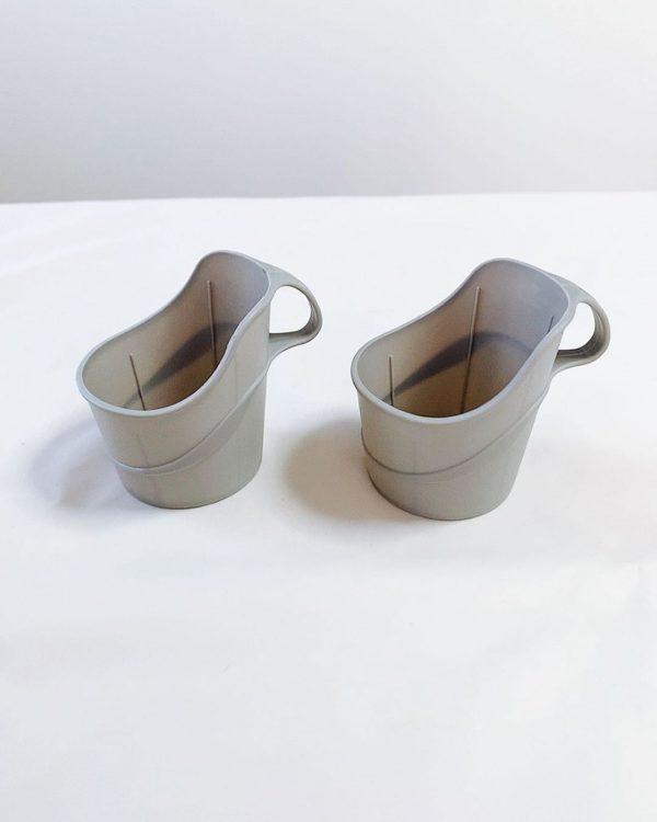 便利なペーパーカップホルダー