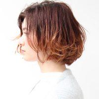旬の髪型、ボブの裾カラースタイル特集。毛先だけ染めて垢抜けるおすすめヘアって?