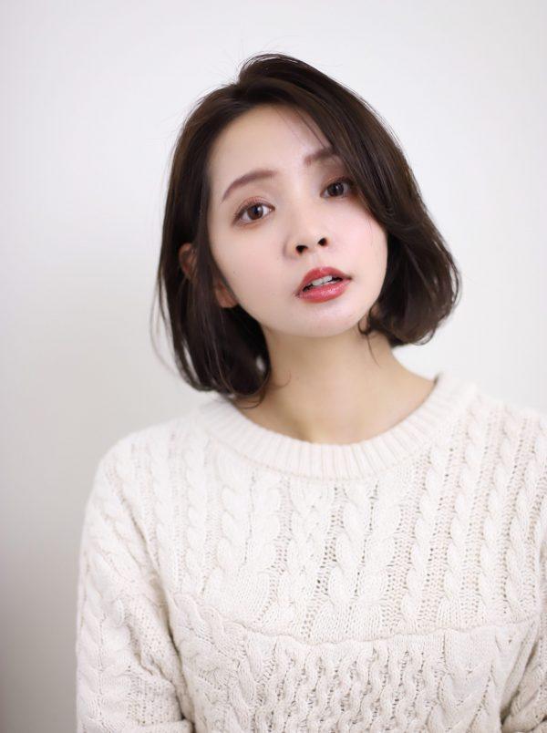前髪なしのおしゃれな韓国ボブ14