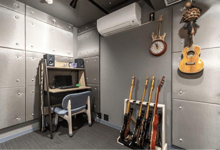 いつでも思いきりギターが弾ける部屋を住まいの中心に2