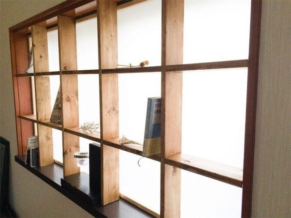 ギャラリー風の窓枠DIY実例