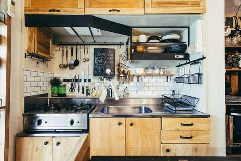 ヴィンテージ感のあるインダストリアルなキッチン