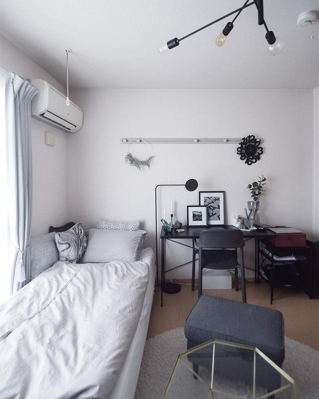 一人暮らし部屋を格上げするモノトーンインテリア