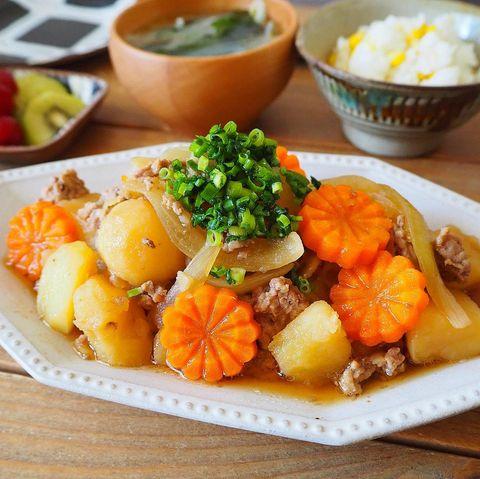 豚ひき肉の人気レシピ!簡単肉じゃが