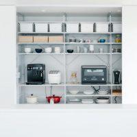 無印の収納棚は組み合わせ次第で自由自在。人気6選でリビングやキッチンもスッキリ