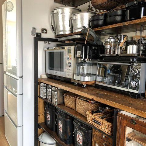 古民家風のインダストリアルなキッチン