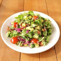 餃子パーティーに合う副菜レシピ15選。サラダ・おつまみ・スープで食卓を彩ろう