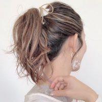 大人の前髪なし×まとめ髪特集。仕事場でも簡単におしゃれになるアレンジスタイル