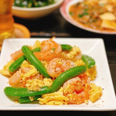 人気レシピ!スナップエンドウとエビの卵炒め