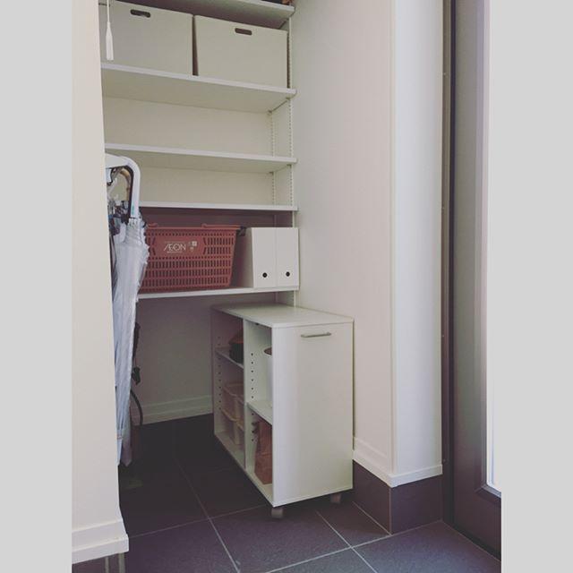 ニトリのファイルケースの玄関収納