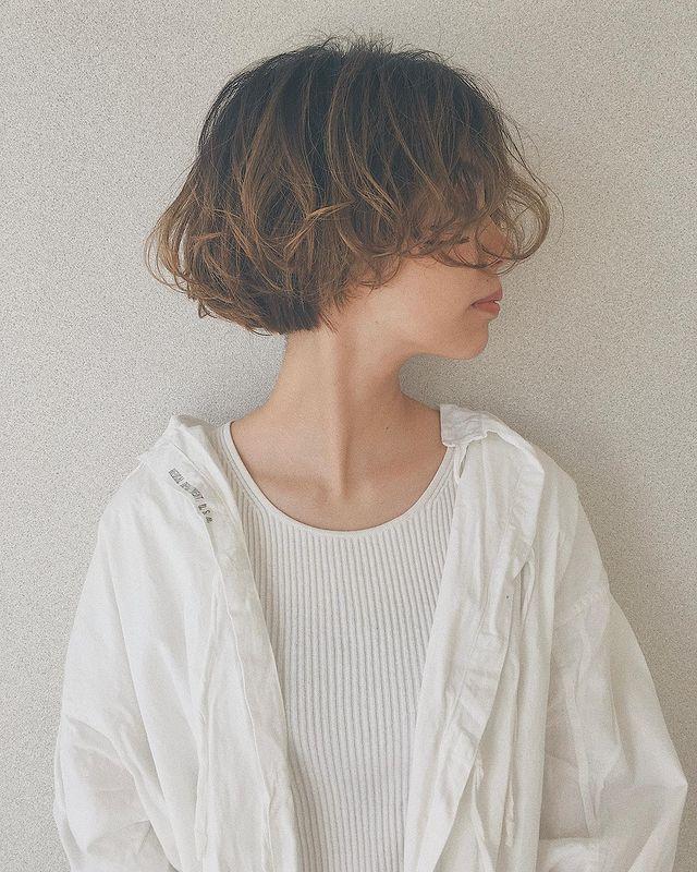 ふんわり柔らかい印象のパーマヘア