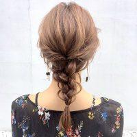仕事場でも馴染むきっちりまとめ髪アレンジ特集。ロングでも簡単に出来る方法を厳選
